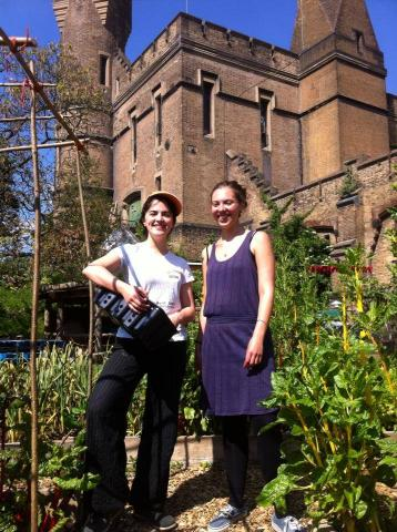 Garden trainnes Lucy and Lorena 2014 season